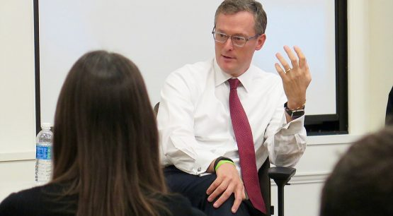 Alumnus John Simmons of J.P. Morgan fireside chat in Oct. 2016